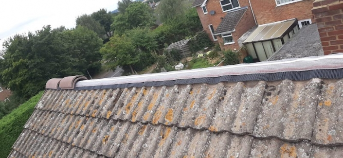 roof repair Wellingborough